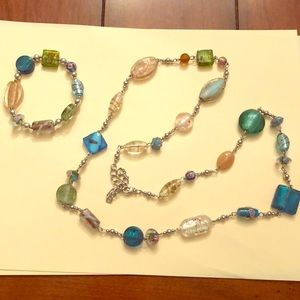 Jewelry - Necklace with matching bracelet